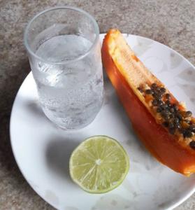 hidratarse con agua durante el embarazo