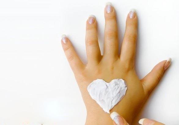 hidratacion de la piel de las manos