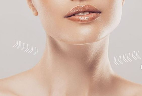 rutina para el cuidado de la piel del cuello